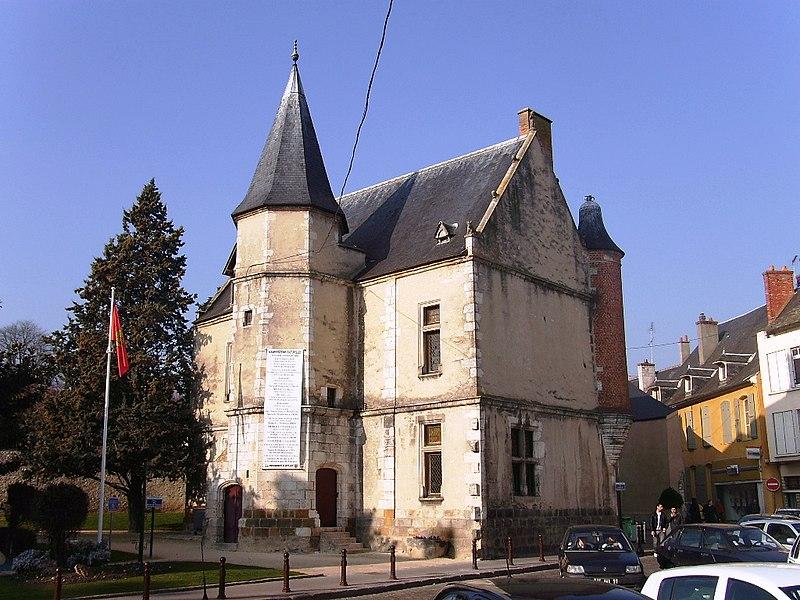 Photo du Monument Historique Hôtel Anne de Pisseleu situé à Etampes