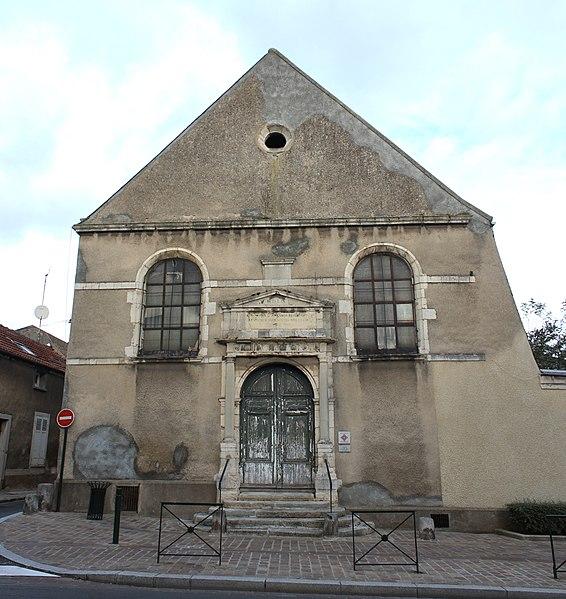 Photo du Monument Historique Hôtel-Dieu, actuellement centre hospitalier situé à Etampes