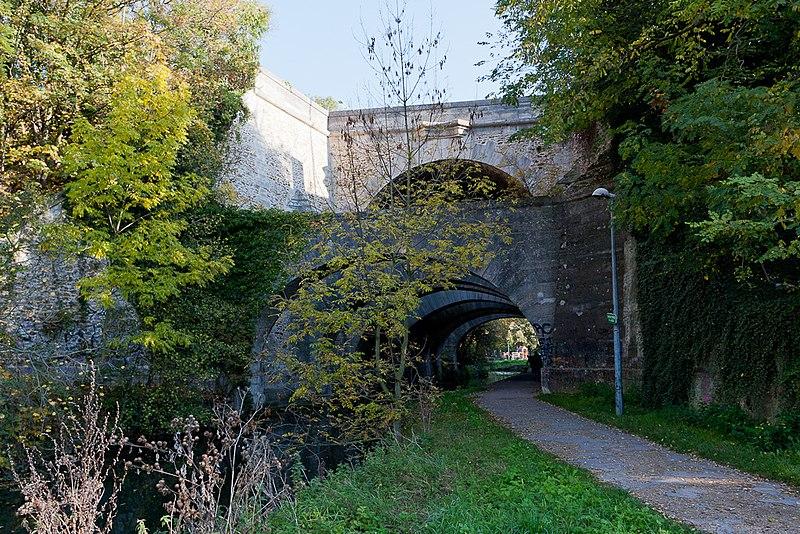 Photo du Monument Historique Pont des Belles-Fontaines situé à Juvisy-sur-Orge