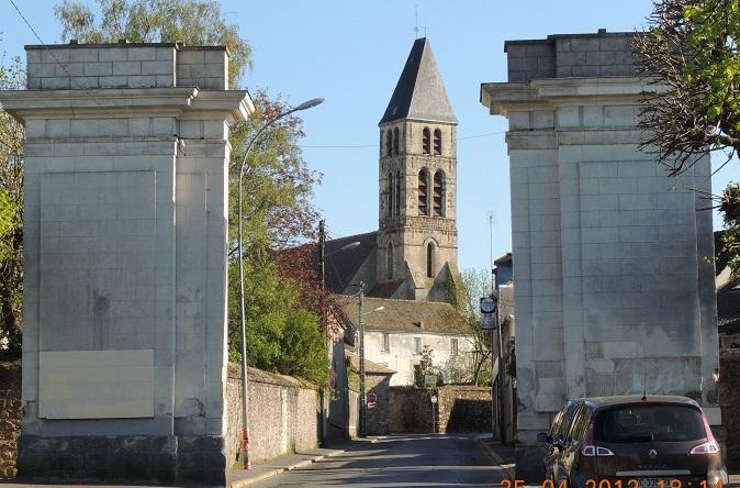 Photo du Monument Historique Porte de Paris situé à Mennecy