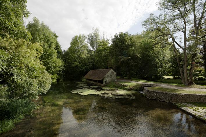 Photo du Monument Historique Domaine de Méréville situé à Méréville