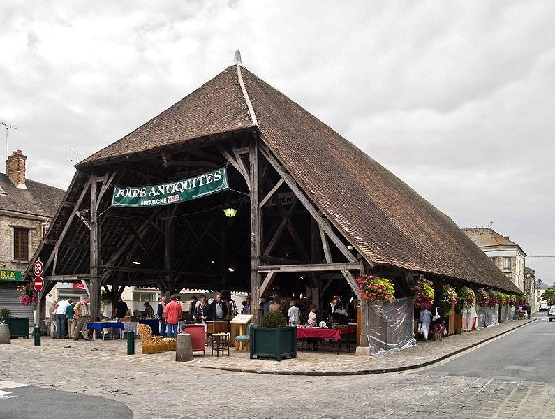 Photo du Monument Historique Halle situé à Milly-la-Forêt