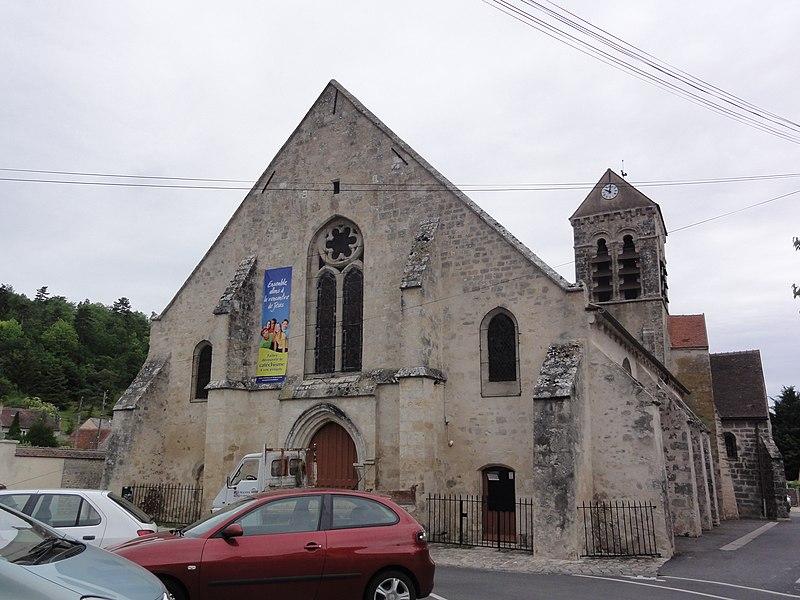 Photo du Monument Historique Eglise situé à Saclas