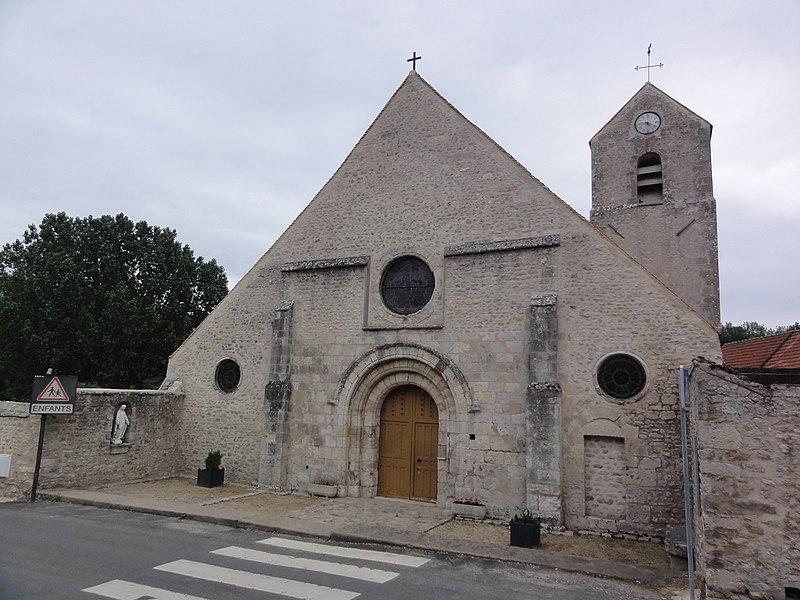 Photo du Monument Historique Eglise Saint-Cyr et Sainte-Julitte situé à Saint-Cyr-la-Rivière