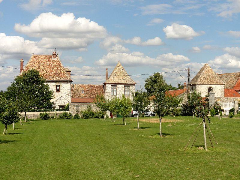 Photo du Monument Historique Léproserie de la Madeleine situé à Saint-Yon