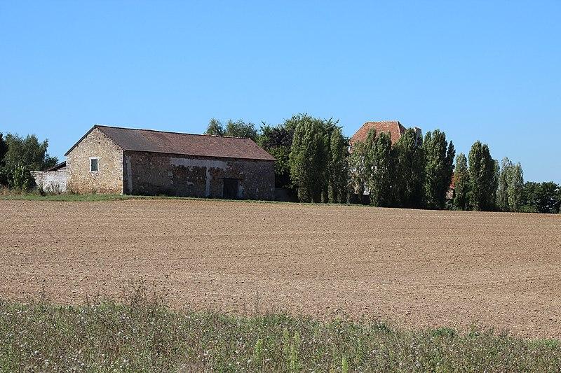 Photo du Monument Historique Ferme des Arpentis situé à Vauhallan