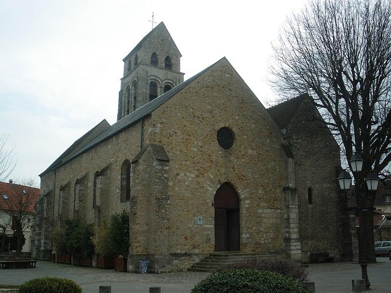 Photo du Monument Historique Eglise Saint-Denis situé à Wissous
