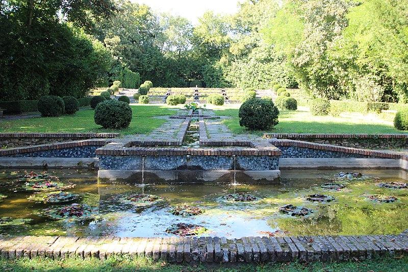 Photo du Monument Historique Parc Boussard situé à Lardy