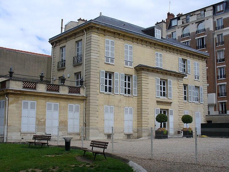 Photo du Monument Historique Hôtel Walewska situé à Boulogne-Billancourt