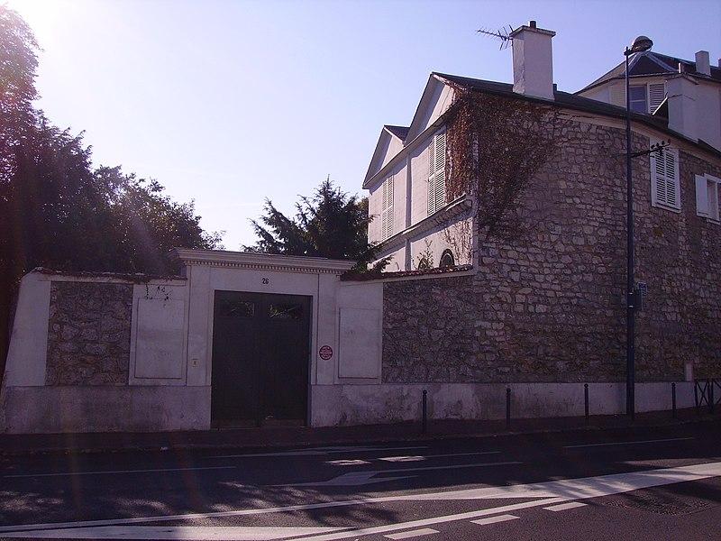 Photo du Monument Historique Maison de l'abbé Delille situé à Clamart