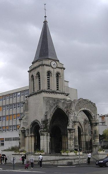 Photo du Monument Historique Eglise situé à Colombes
