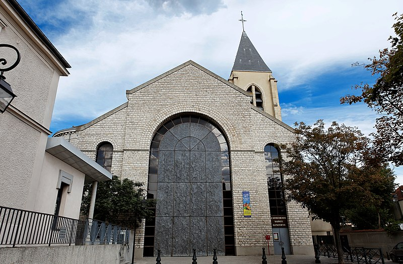 Photo du Monument Historique Cathédrale Sainte-Geneviève - Saint-Maurice situé à Nanterre