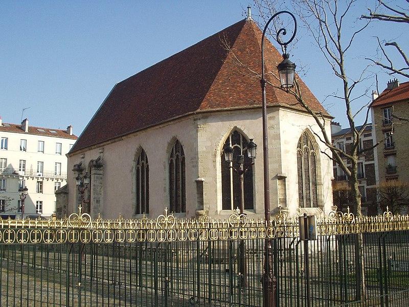 Photo du Monument Historique Eglise Notre-Dame-de-la-Pitié situé à Puteaux