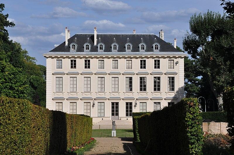 Photo du Monument Historique Château situé à Ville-d'Avray
