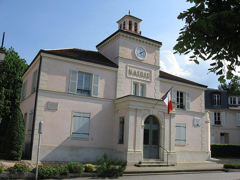 Photo du Monument Historique Mairie situé à Marnes-la-Coquette