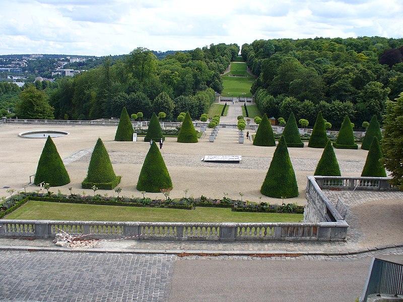 Photo du Monument Historique Domaine national de Saint-Cloud situé à Ville-d'Avray