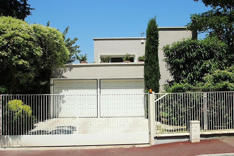 Photo du Monument Historique Villa Larrey situé à Sceaux