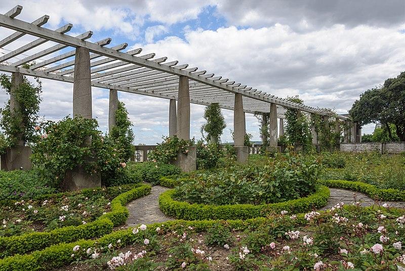 Photo du Monument Historique Jardin situé à Saint-Cloud