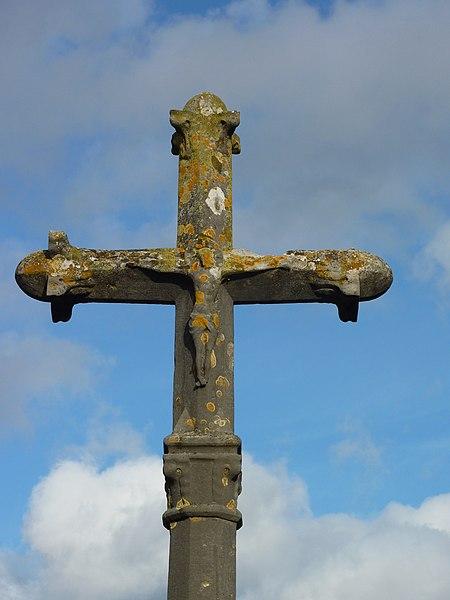 Photo du Monument Historique Croix du cimetière situé à Noisy-le-Grand