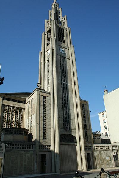 Photo du Monument Historique Eglise Notre-Dame (oeuvre d'Auguste Perret) situé à Raincy (Le)