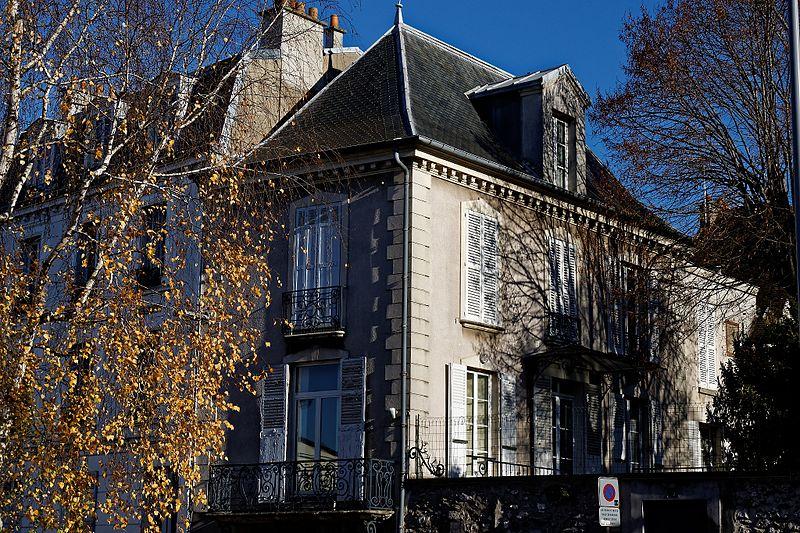 Photo du Monument Historique Presbytère situé à Bry-sur-Marne