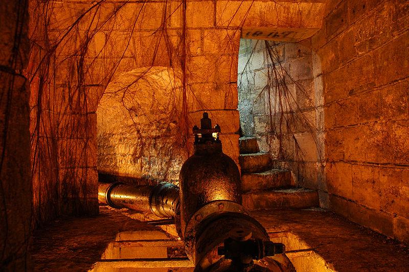 Photo du Monument Historique Aqueduc des Eaux de Rungis (également sur communes de Rungis, Fresnes, L'Hay-les-Roses, Arcueil, Gentilly et Paris 14) situé à Cachan