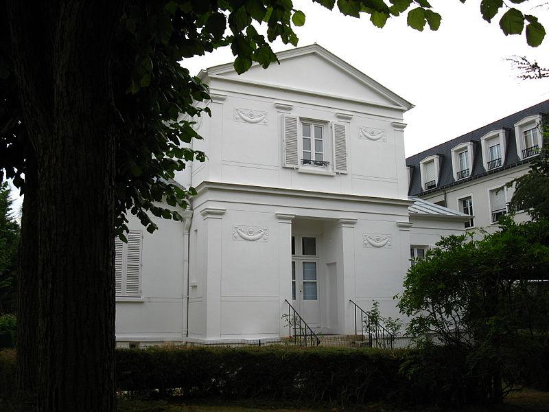 Photo du Monument Historique Petit pavillon du Premier Empire situé à Thiais