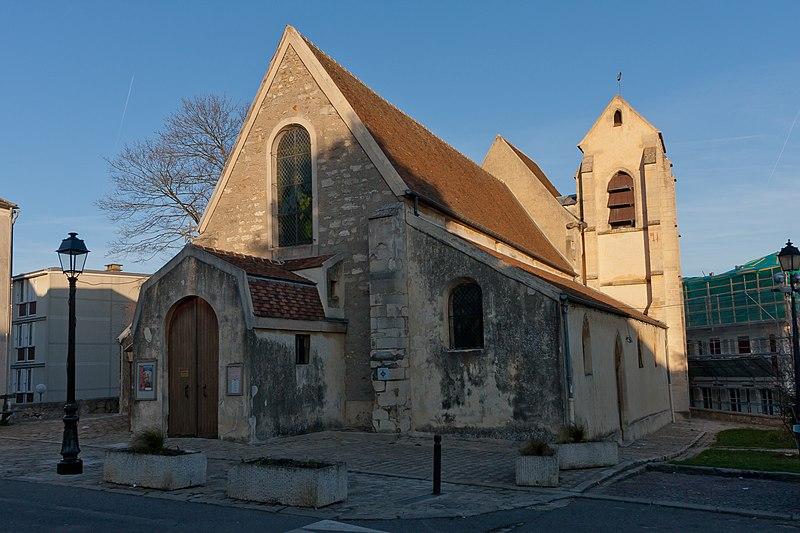 Photo du Monument Historique Eglise Saint-Pierre-Saint-Paul situé à Villeneuve-le-Roi