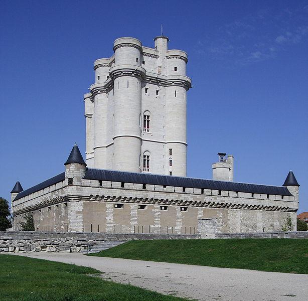 Photo du Monument Historique Château de Vincennes et ses abords situé à Vincennes
