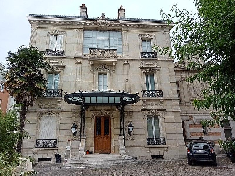 Photo du Monument Historique Maison Raspail situé à Arcueil