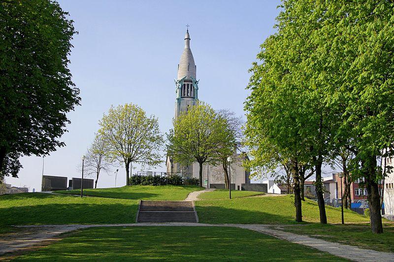 Photo du Monument Historique Eglise du Sacré-Coeur, ancienne chapelle de la cité universitaire situé à Gentilly