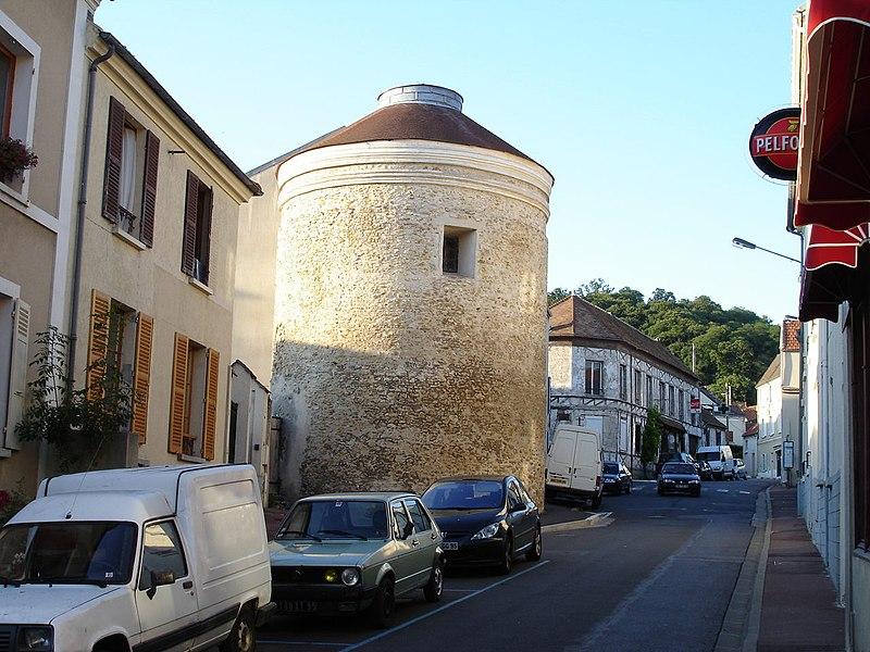 Photo du Monument Historique Colombier situé à Andilly