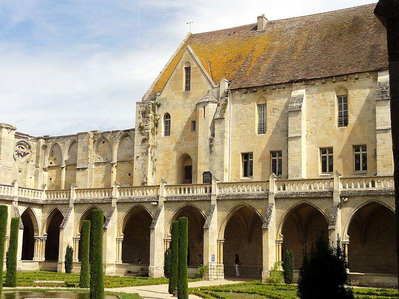 Photo du Monument Historique Abbaye de Royaumont situé à Asnières-sur-Oise