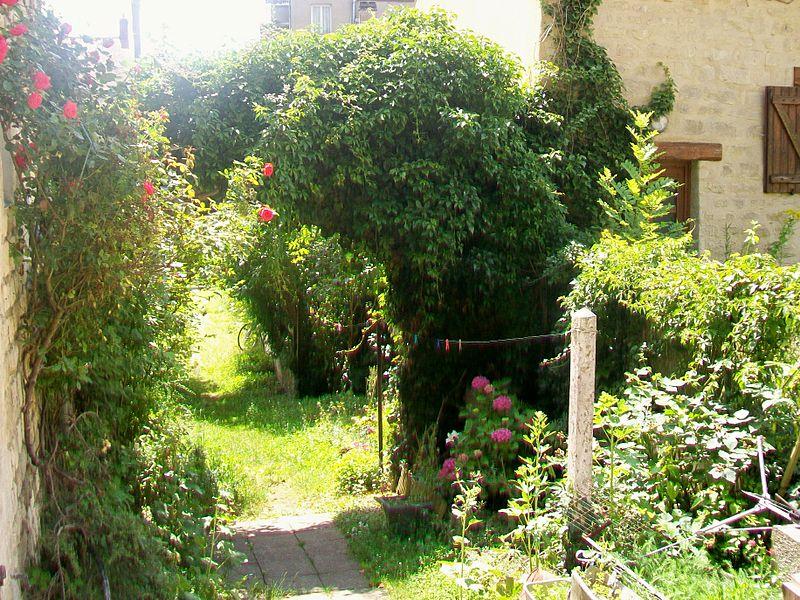 Photo du Monument Historique Ferme de Montmaur situé à Auvers-sur-Oise