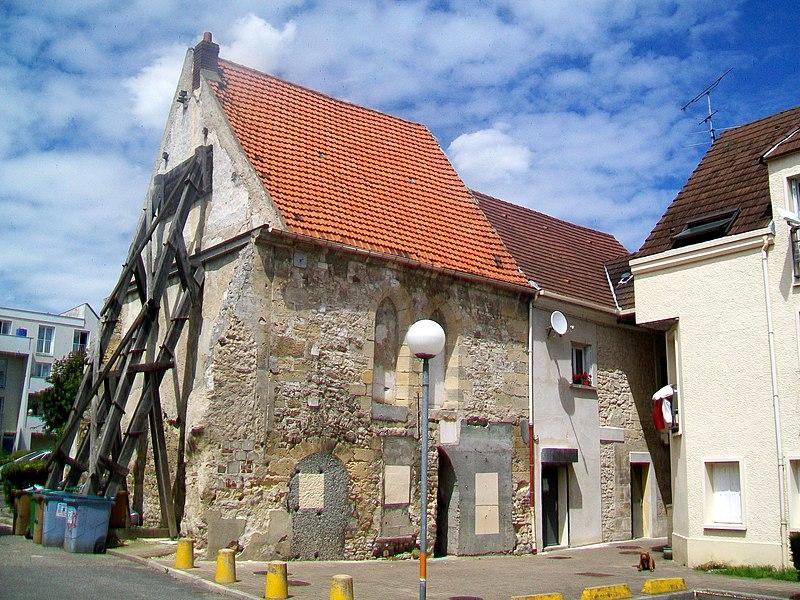 Photo du Monument Historique Manoir ou Hôtel-Dieu situé à Champagne-sur-Oise