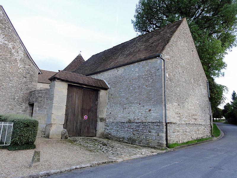 Photo du Monument Historique Ferme situé à Chérence