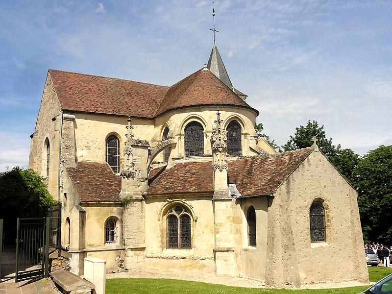 Photo du Monument Historique Eglise Sainte-Madeleine situé à Domont