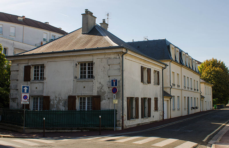 Photo du Monument Historique Pavillons de garde (deux) situé à Eaubonne