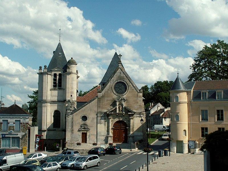 Photo du Monument Historique Eglise Saint-Acceul situé à Ecouen