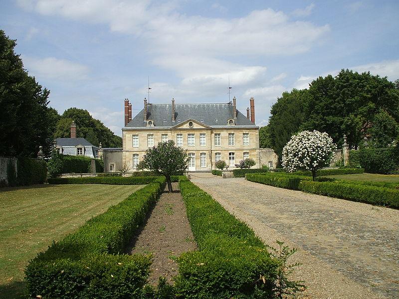 Photo du Monument Historique Château d'Ennery situé à Ennery