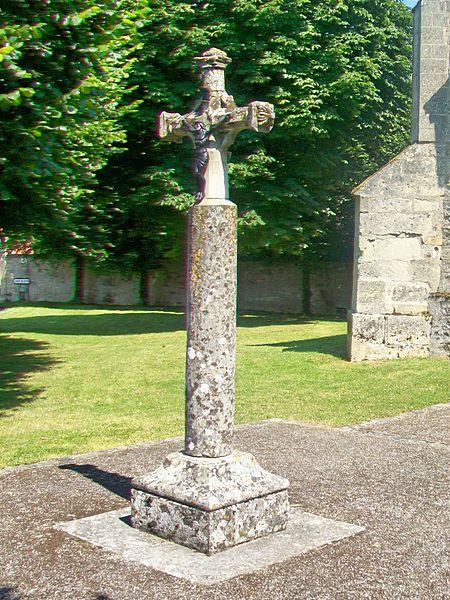 Photo du Monument Historique Croix de l'ancien cimetière situé à Gadancourt