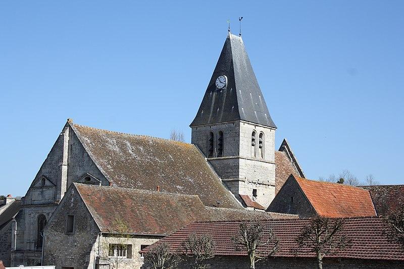 Photo du Monument Historique Eglise Saint-Pierre situé à Genainville