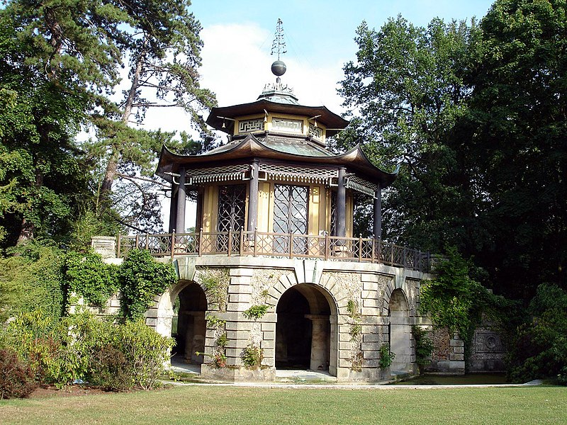 Photo du Monument Historique Pavillon chinois de Cassan situé à L'Isle-Adam
