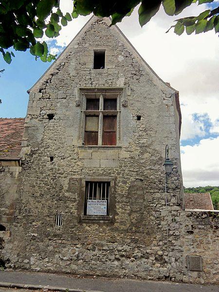 Photo du Monument Historique Manoir situé à Nesles-la-Vallée