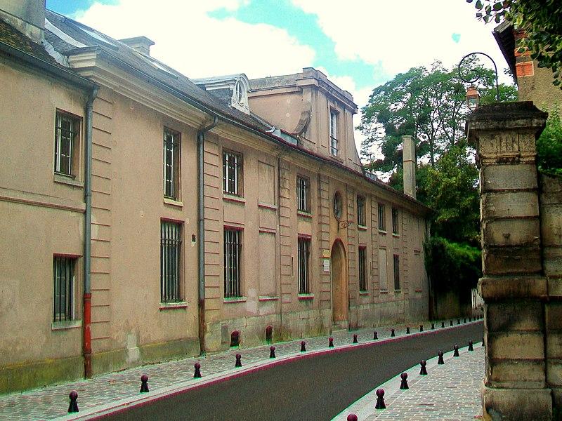 Photo du Monument Historique Domaine du Pavillon Colombe situé à Saint-Brice-sous-Forêt
