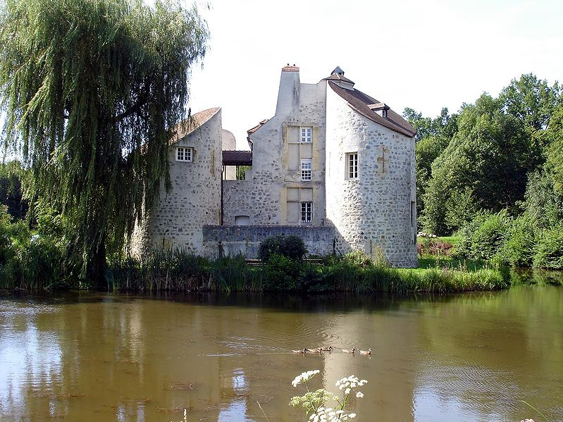 Photo du Monument Historique Château de la Chasse situé à Saint-Prix