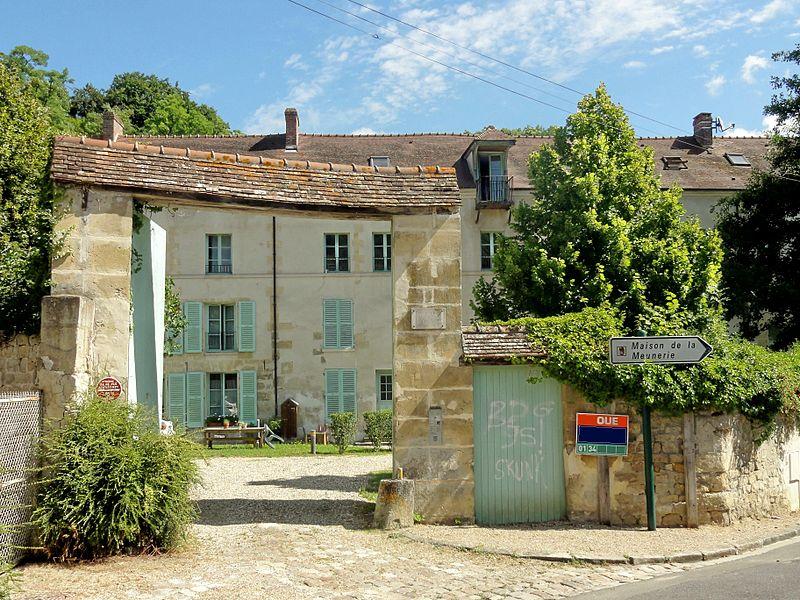 Photo du Monument Historique Moulin de la Naze situé à Valmondois