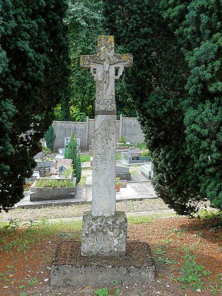 Photo du Monument Historique Croix situé à Vauréal