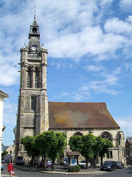 Photo du Monument Historique Eglise Saint-Pierre et Saint-Paul situé à Viarmes