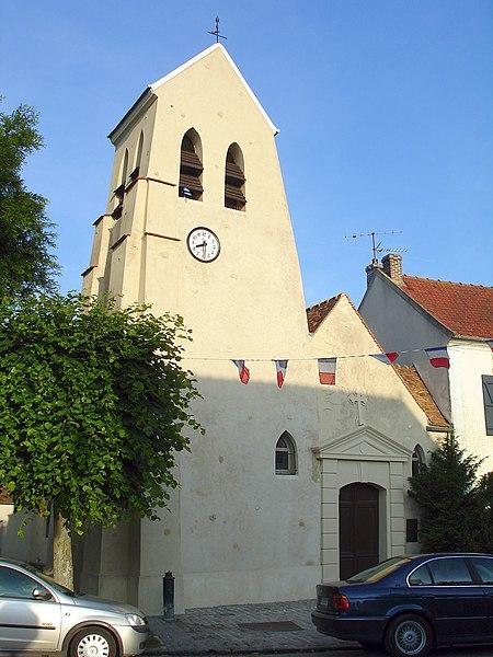 Photo du Monument Historique Eglise situé à Villaines-sous-Bois